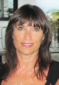 Lynda Kolly