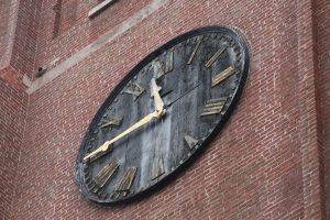 2016-02-life-of-pix-free-stock-wall-clock-time-leeroy